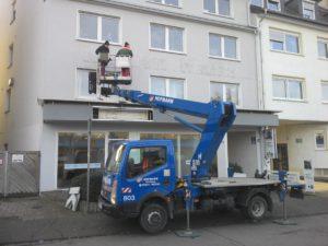 Neuer Wind an der Fassade von Leostr. 41